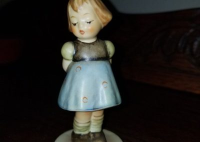 Authentic Vintage Goebel Hummel Figurine #493 Two Hands One Treat  Girl Bow