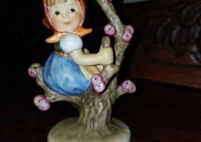"""Vintage Hummel Figurine """"Apple Tree Girl"""" #141"""