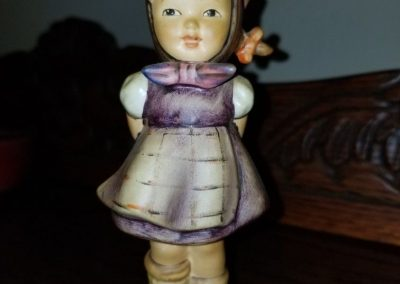 "Goebel Hummel Figurine #258 ""Which Hand""  Girl In Purple Dress"